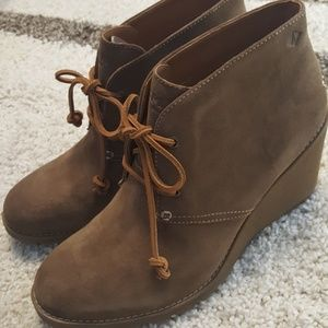 NWT Sperry Top-Sider Suede Wedge Celeste Prow